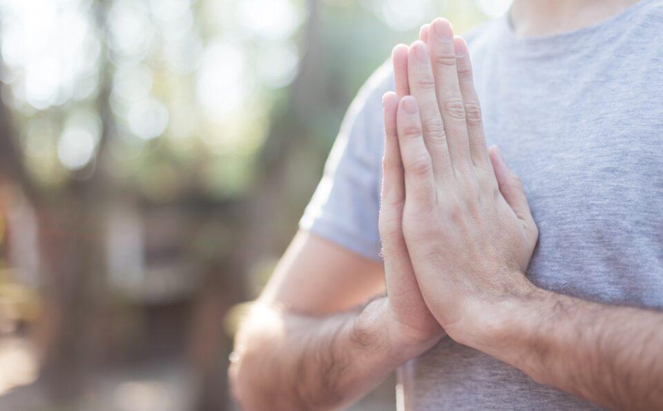 Combinando Yoga y Meditación para el Día Internacional del Yoga